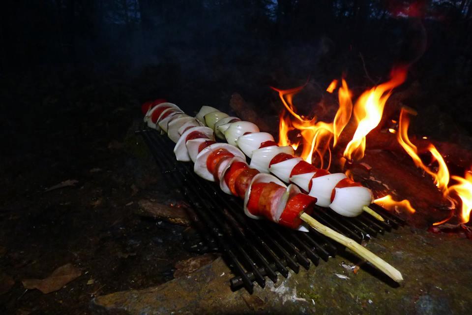 Buřtkraft aneb Bushcraft Barbecue – 28 fotek